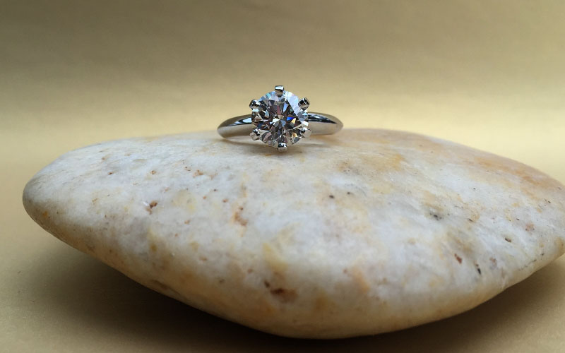 Solitaire Engagement Ring Round Diamond Dallas