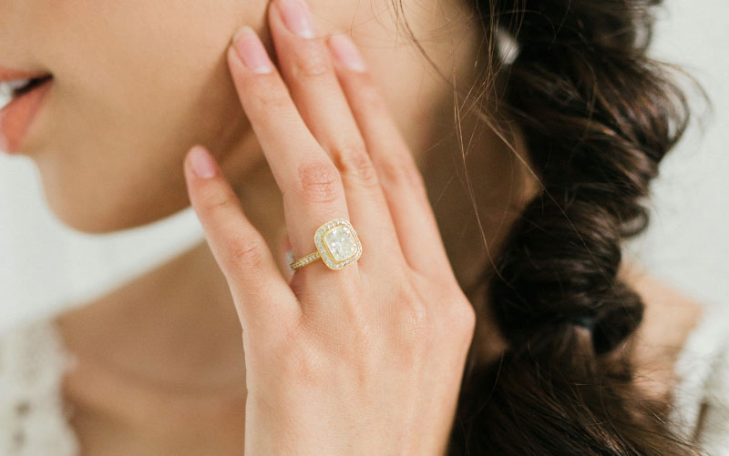 vintage yellow gold halo engagement ring