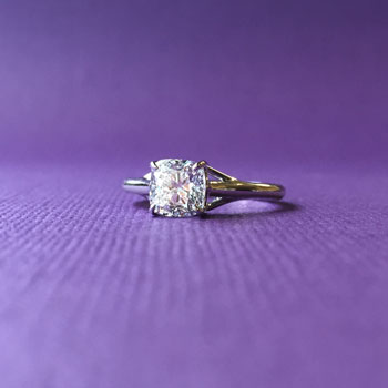 cushion-solitare-engagement-ring-dallas